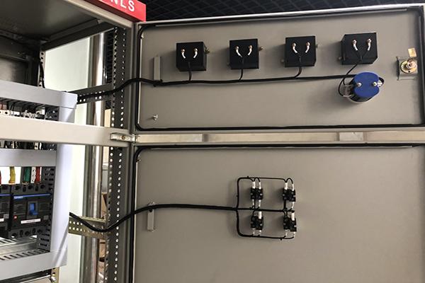 变频控制柜的常见基本要素
